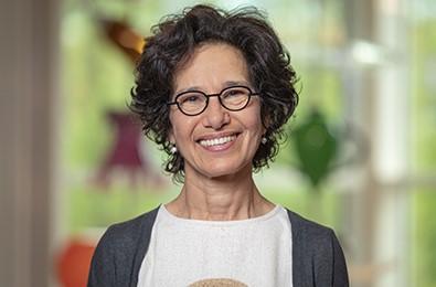 Maria Yazdanbakhsh receives Spinoza Prize.